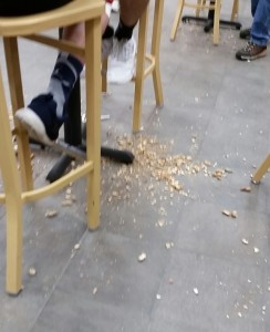 five_guys_peanuts